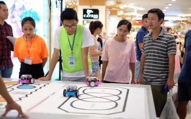 Robot giáo dục sản phẩm không thể thiếu trong giáo dục stem