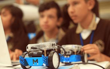 Đánh giá robot mBot với các robot khác trên thị trường